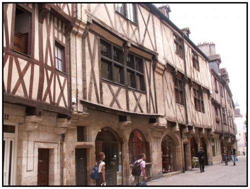 27-Dijon